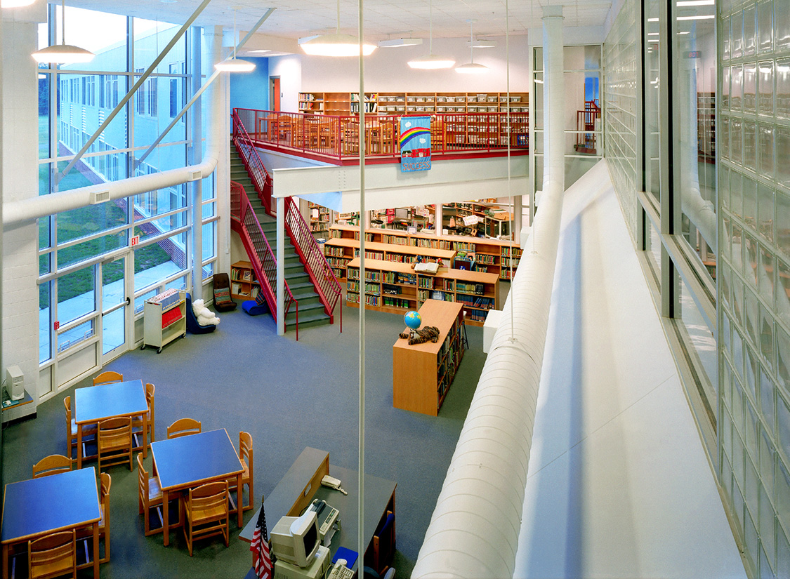 The Learning Street provides access to many of the services a student might need; computer labs, library, cafeteria, media center, and social services. In creating this spine, traditional notions of what those places and spaces represented were challenged.