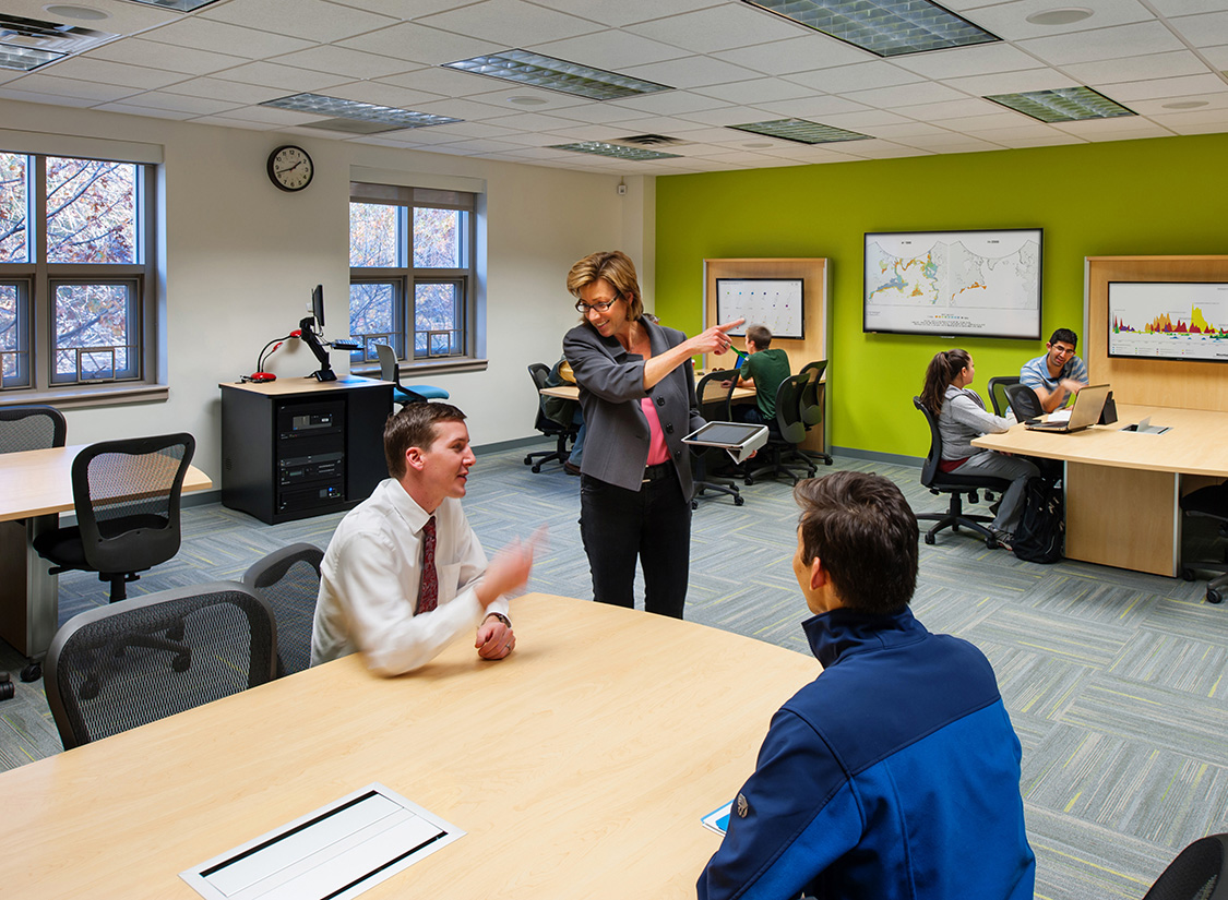 The renovation of the 3rd floor of Innovation Hall on GMU's Fairfax campus involved updating a once static, fixed academic interior space into a dynamic, flexible, and collaborative learning environments for GMU students.