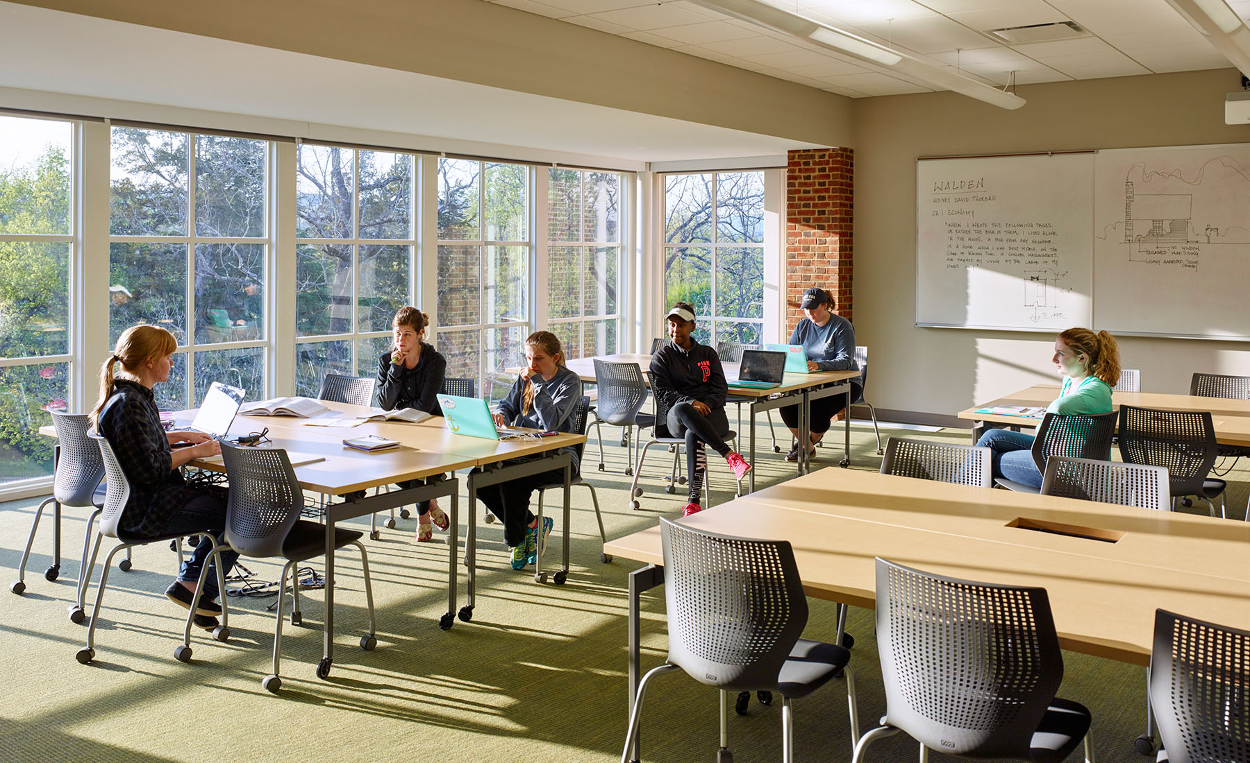 Sweet Briar College challenged VMDO to design an addition that would complement a library held in high esteem by a strong alumnae base while also propelling the College into the evolving landscape of learning space design.